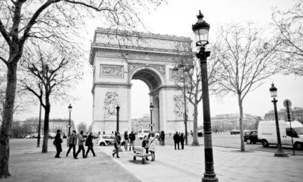 Francês: Tous les visages de l'amour