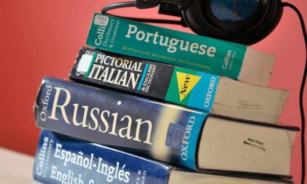 Idiomas diferentes, desafios diferentes