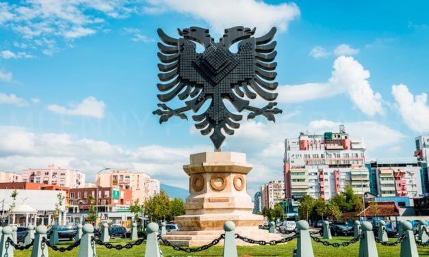 Albanês: Meses do Ano (Muajt)