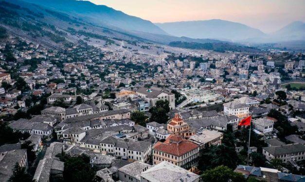 Albanês: As Cores (Ngjyrat)