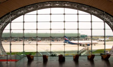 Francês: À l'aéroport (No aeroporto)