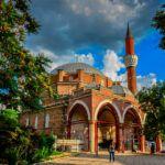 Búlgaro: Alfabeto, Pronúcia e Gramática
