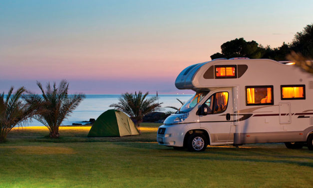 Inglês: At the campsite (No camping)