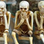"""Italiano: A expressão """"Avere degli scheletri nell'armadio"""""""