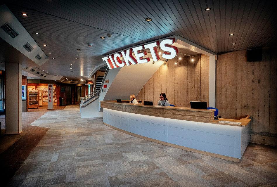 Inglês: At the ticket office (Na bilheteria)